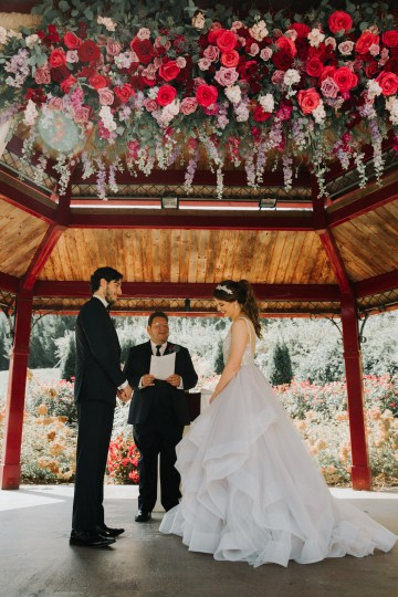 Classic Romance; A Heartfelt Wedding Filled With Red Roses | T & K Photography 50