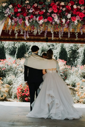 Classic Romance; A Heartfelt Wedding Filled With Red Roses | T & K Photography 73