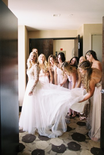 Gorgeous Chicago Ivy Room Wedding | Kristin La Voie Photography 26
