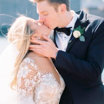 Gorgeous Chicago Ivy Room Wedding   Kristin La Voie Photography 53