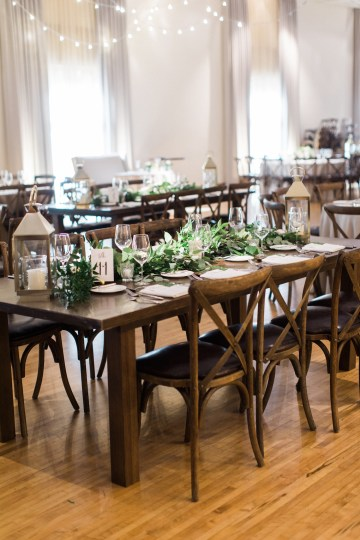 Gorgeous Chicago Ivy Room Wedding | Kristin La Voie Photography 55