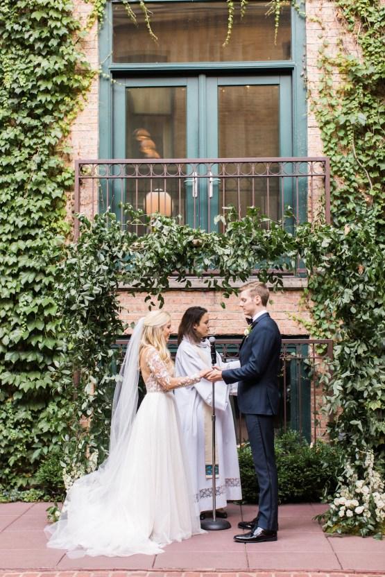 Gorgeous Chicago Ivy Room Wedding   Kristin La Voie Photography 61