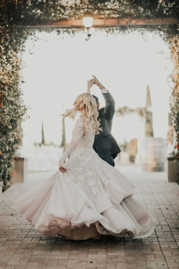 Lavish & Luxe California Winery Wedding | Amy Lynn Photography | Lyons Events 42