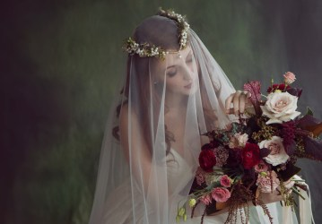 Rose Gold; Romantic Wedding Ideas With Stunning Headpieces | Flavelle & Co 7