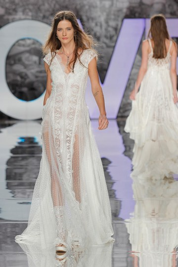 The Sexy & Embellished New Yolan Cris Wedding Dress Collections   EDELWEISS (2)