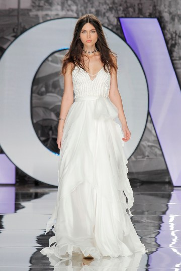 The Sexy & Embellished New Yolan Cris Wedding Dress Collections   SABRE (2)