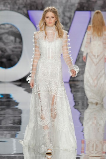 The Sexy & Embellished New Yolan Cris Wedding Dress Collections   TELENO