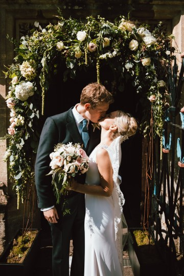 Totally Chic English Wedding With A Sweet Boat Ride   Oak & Blossom 2