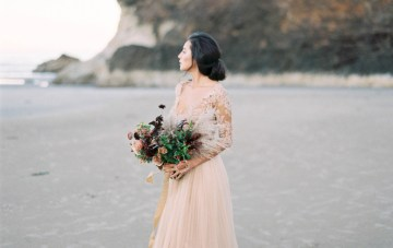 Ethereal Pacific Northwest Beach Wedding Inspiration