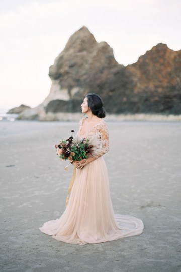 Ethereal Pacific Northwest Beachy Wedding Inspiration   Jessica Lynn Photography 2