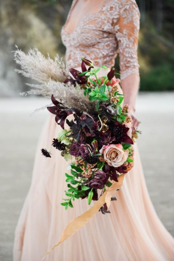 Ethereal Pacific Northwest Beachy Wedding Inspiration   Jessica Lynn Photography 22