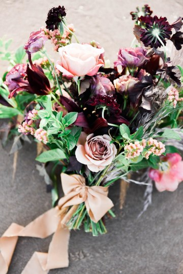 Ethereal Pacific Northwest Beachy Wedding Inspiration   Jessica Lynn Photography 27