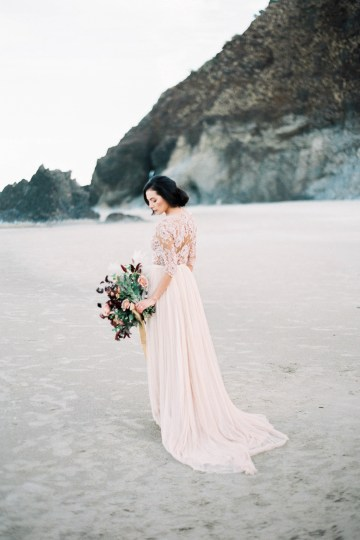 Ethereal Pacific Northwest Beachy Wedding Inspiration   Jessica Lynn Photography 4