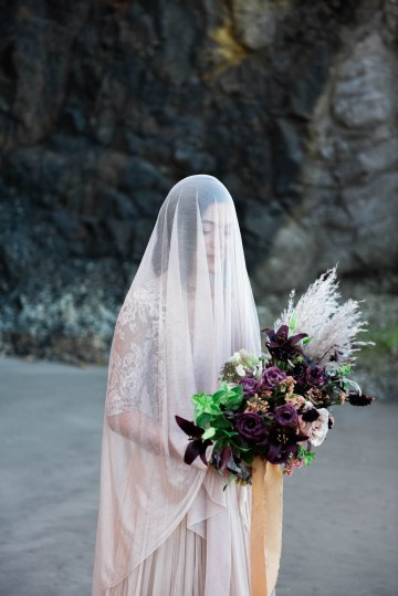 Ethereal Pacific Northwest Beachy Wedding Inspiration   Jessica Lynn Photography 44