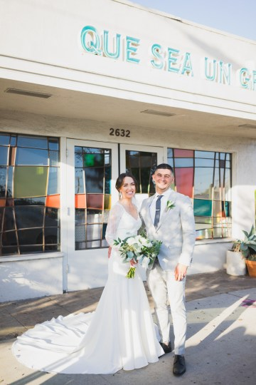 Modern Hip Taco Wedding In A Funky Gallery Venue | Claire Eliza 20