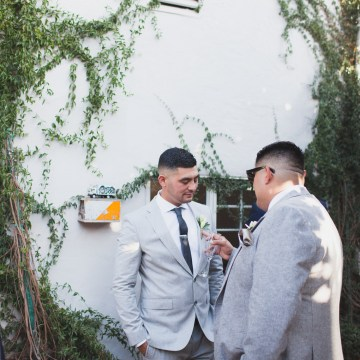 Modern Hip Taco Wedding In A Funky Gallery Venue | Claire Eliza 4