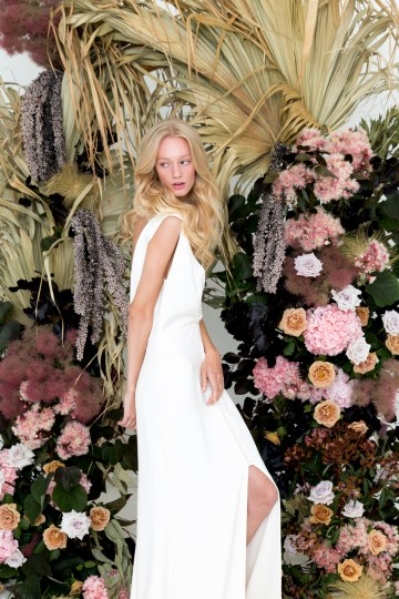 Modern Silk Gowns & Floral Wall Inspiration For The Hip Bride | Anastasia Fua elliftheartist 12