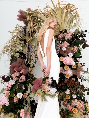 Modern Silk Gowns & Floral Wall Inspiration For The Hip Bride | Anastasia Fua elliftheartist 18