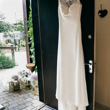 Charming & Personal Clock Barn Wedding | Amber Marie Photography 21
