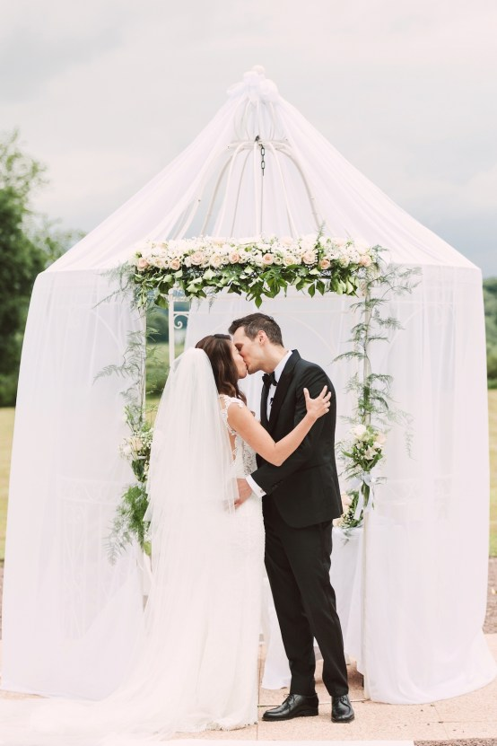 Glamorous French Chateau Wedding | Christina Sarah Photography 17