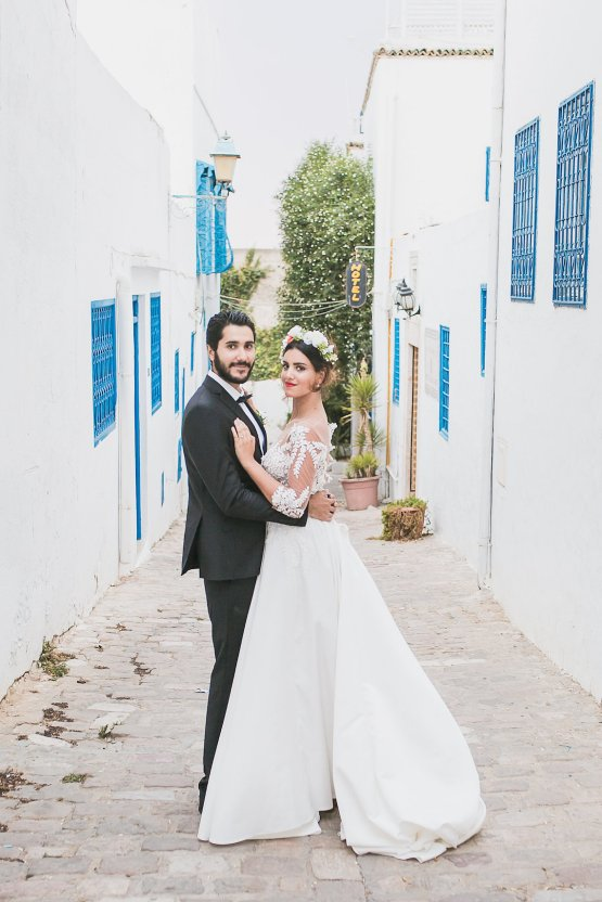 Mediterranean Meets Africa; Colorful Tunisian Wedding Inspiration | Ness Photography 35