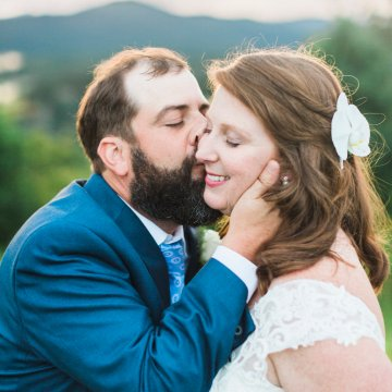 Rustic Carolina Mountain Lodge Wedding | Common Dove Photography 25