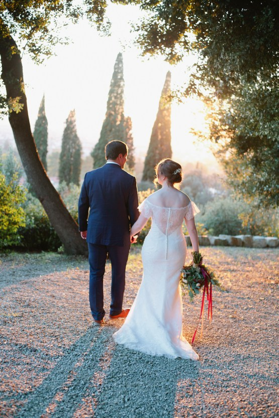 Rustic & Glamorous Tuscan Elopement | Purewhite Photography 43