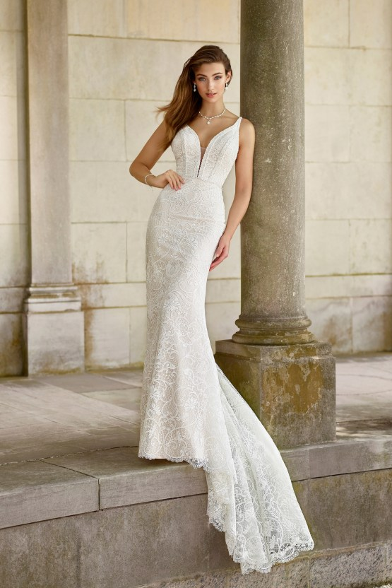 The Best Wedding Dresses For Your Zodiac Sign | Mon Cheri Bridals 5