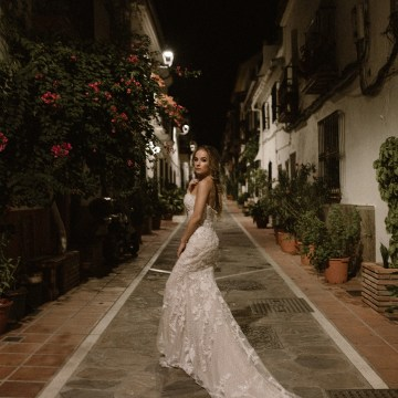 Bougainvillea Wedding Inspiration With Modern Silk Gowns | IDO Events | Kevin Klein 31