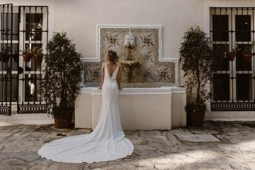 Bougainvillea Wedding Inspiration With Modern Silk Gowns   IDO Events   Kevin Klein 43