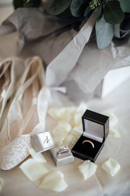 Classic Seattle Waterfront Wedding | JTobiason Photography 5