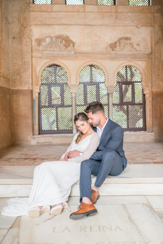 Gilded Arabic & Spanish Wedding Inspiration | Anna + Mateo 31