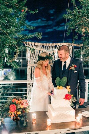 Midcentury Modern Desert Wedding Made Of Boho Dreams | Vienna Glenn 32