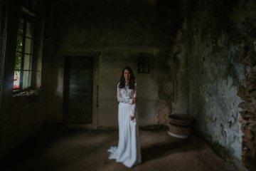Monstera Leaves & Artichokes; A Hip Slovenian Wedding   Karen Willis Holmes Bridal   Aljosa Videtic 10