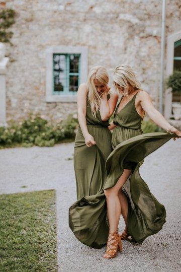 Monstera Leaves & Artichokes; A Hip Slovenian Wedding   Karen Willis Holmes Bridal   Aljosa Videtic 25