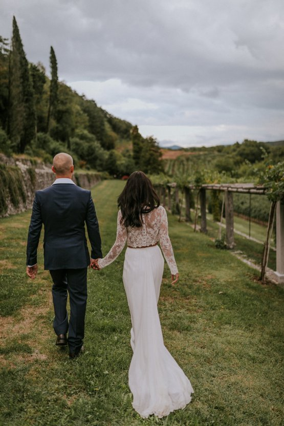 Monstera Leaves & Artichokes; A Hip Slovenian Wedding | Karen Willis Holmes Bridal | Aljosa Videtic 32
