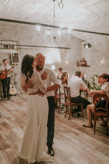 Monstera Leaves & Artichokes; A Hip Slovenian Wedding   Karen Willis Holmes Bridal   Aljosa Videtic 35