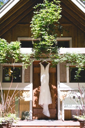 Relaxed Backyard Pacific Northwest Wedding | EVENTful Moments | Meghan Klein Photography 12