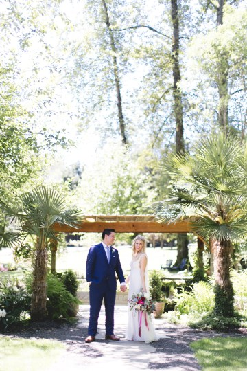 Relaxed Backyard Pacific Northwest Wedding | EVENTful Moments | Meghan Klein Photography 27