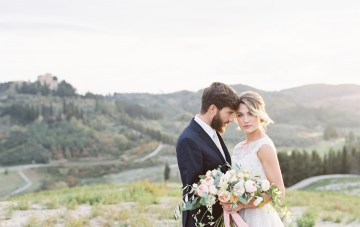 Classic & Romantic Italian Countryside Wedding Inspiration