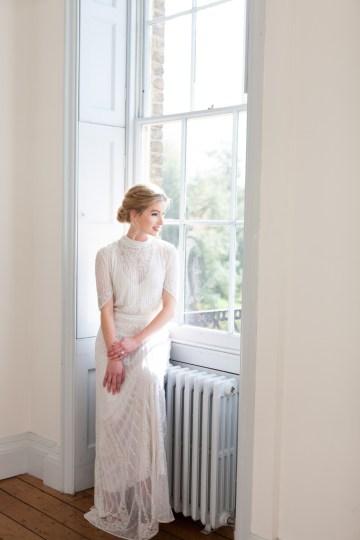 Swanky London Wedding Inspiration Filled With Pretty Dessert Ideas | Amanda Karen Photography 38