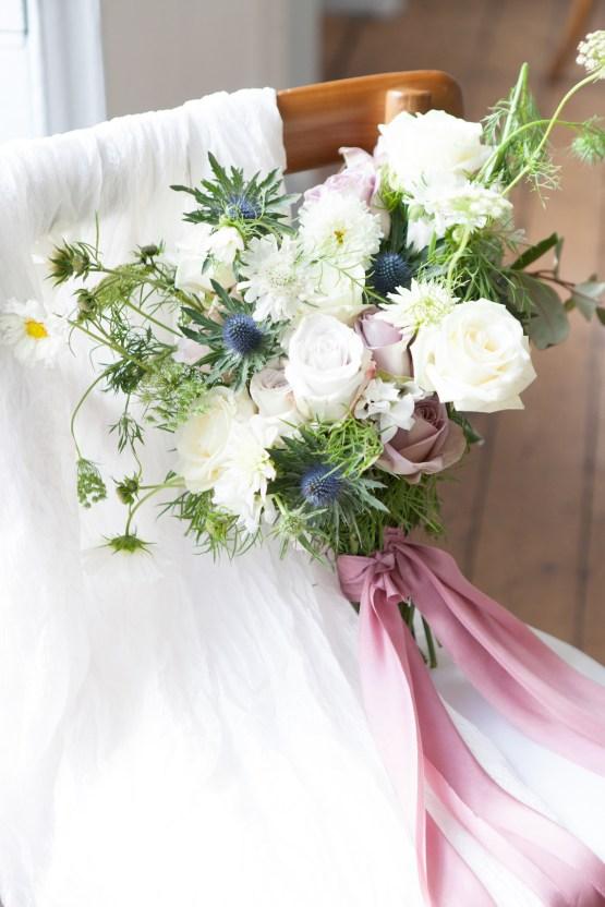 Swanky London Wedding Inspiration Filled With Pretty Dessert Ideas | Amanda Karen Photography 54