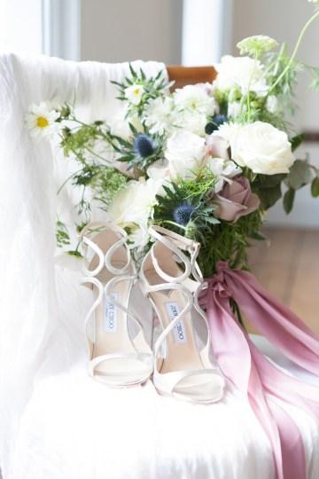 Swanky London Wedding Inspiration Filled With Pretty Dessert Ideas | Amanda Karen Photography 55