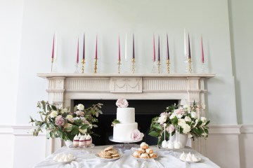 Swanky London Wedding Inspiration Filled With Pretty Dessert Ideas | Amanda Karen Photography 6