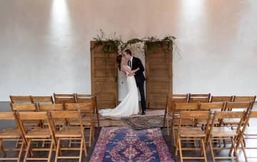 Vintage & Minimalist Loft Wedding Inspiration