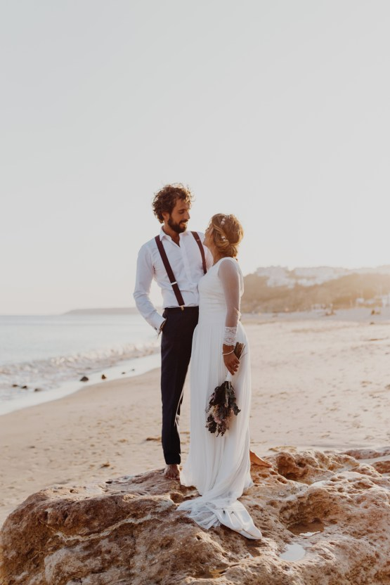 9 Guests 2 Dogs on a Beach in Portugal – A Wedding Film | Vanessa & Ivo 29