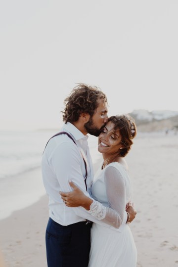 9 Guests 2 Dogs on a Beach in Portugal – A Wedding Film | Vanessa & Ivo 34