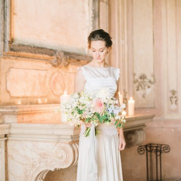 Ornate Candelit Peach & Blue Wedding Inspiration | Gabriela Jarkovska 38