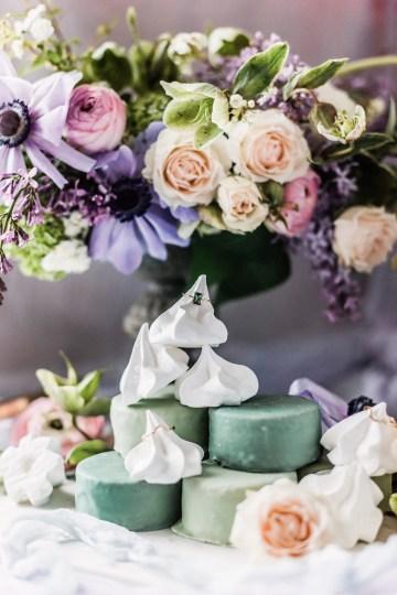 Sparkling Art Deco Wedding Inspiration From NYC | Mibellarosa | Jenny Fu Studio 3