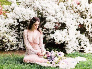 Sparkling Art Deco Wedding Inspiration From NYC | Mibellarosa | Jenny Fu Studio 46